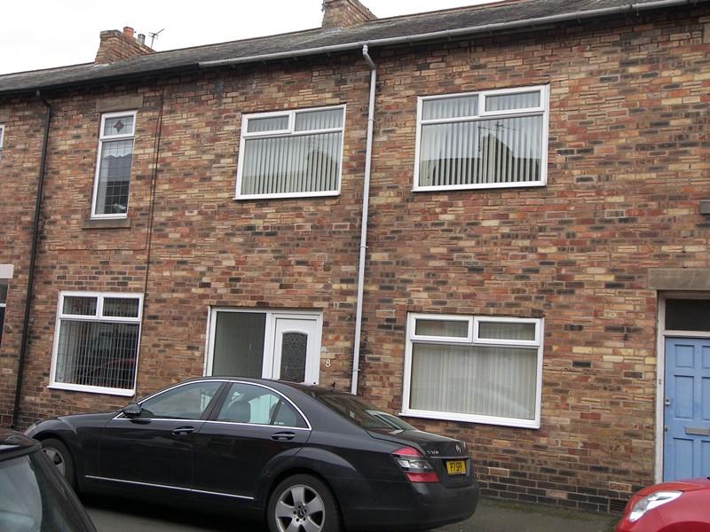 3 Bedrooms Property for sale in Charles Street, Hazlerigg, Newcastle upon Tyne, Tyne & Wear, NE13 7AY