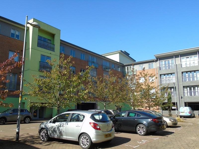 2 Bedrooms Apartment Flat for sale in Worsdell Drive, Ochre Yards, Gateshead, Tyne and Wear, NE8 2DF