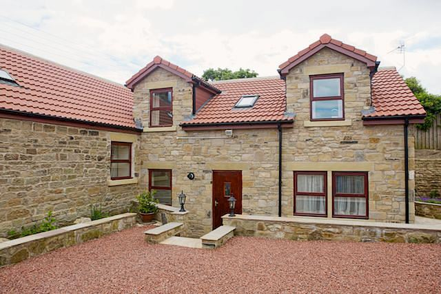 4 Bedrooms Bungalow for sale in Cresswell, Cresswell, Morpeth, Northumberland, NE61 5JY