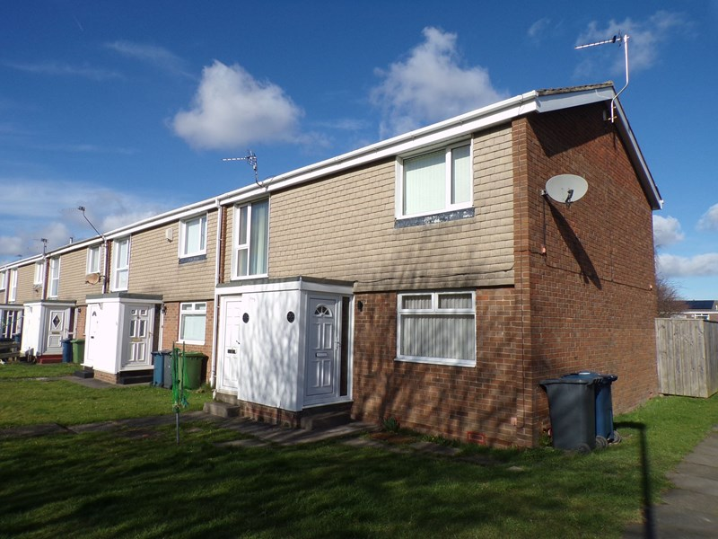 2 Bedrooms Property for sale in Leicester Way, Fellgate, Jarrow, Tyne and Wear, NE32 4XF