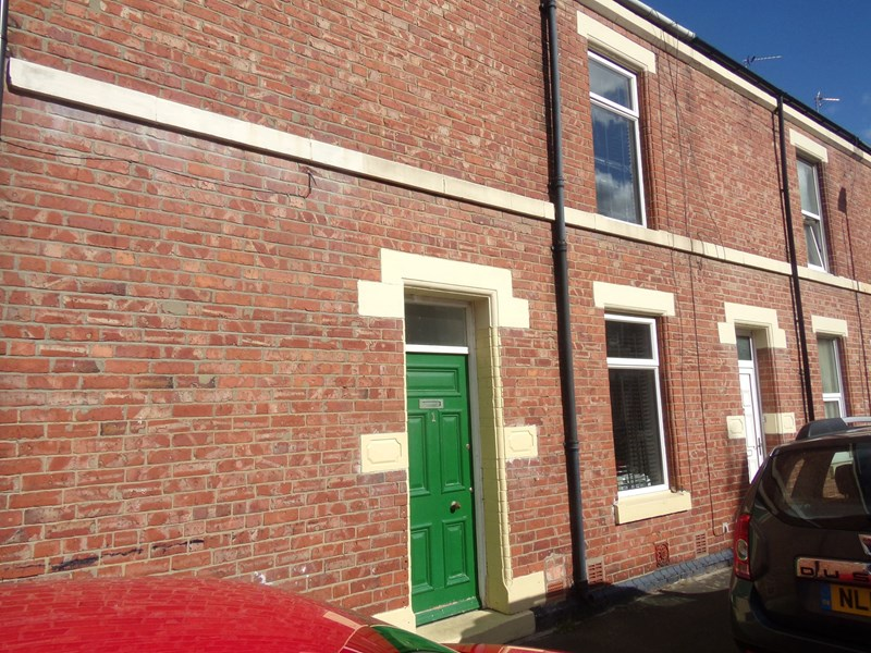 2 Bedrooms Property for sale in Richard Street, Blyth, Blyth, Northumberland, NE24 2HF