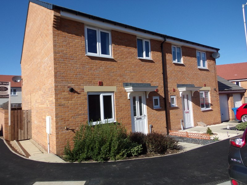 3 Bedrooms Property for sale in Font Drive, Crofton Grange, Blyth, Northumberland, NE24 4GQ