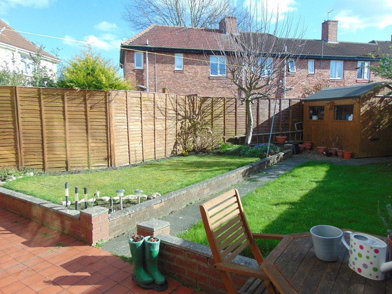3 Bedrooms Property for sale in Musgrave Gardens, Gilesgate, Durham, Durham, DH1 1PN