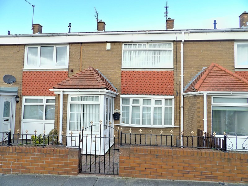 2 Bedrooms Property for sale in Bamburgh Avenue, South Shields, South Shields, Tyne and Wear, NE33 3HY