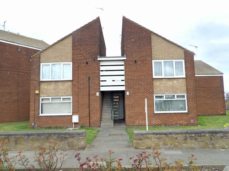 1 Bedroom Apartment Flat for sale in Bamburgh Avenue, South Shields, South Shields, Tyne & Wear, NE33 3HX