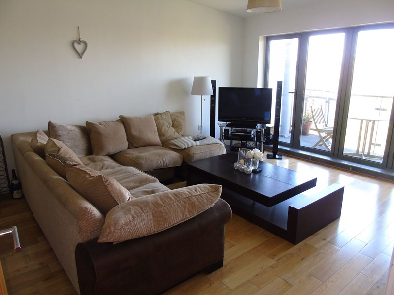 2 Bedrooms Apartment Flat for sale in Fairway Court, Gateshead, Gateshead, Tyne and Wear, NE8 2AY