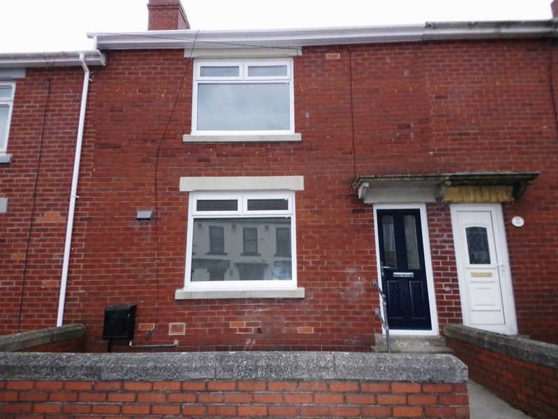 3 Bedrooms Property for sale in Front Street, Leadgate, Consett, Durham, DH8 7SE