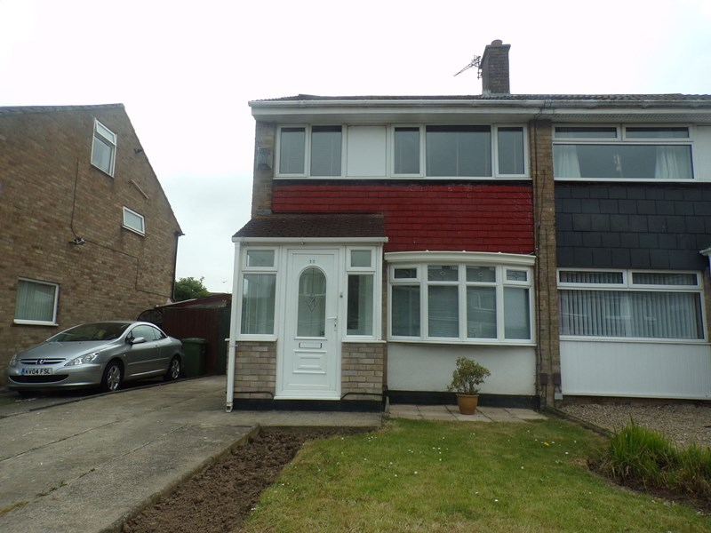 3 Bedrooms Property for sale in Bondene Grove, Bishopsgarth, Stockton-on-Tees, Cleveland, TS19 8TY