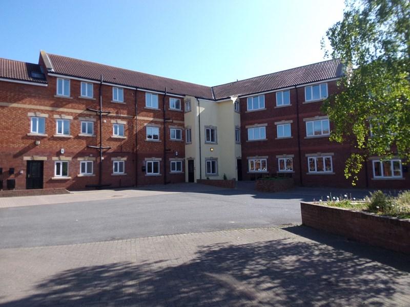 3 Bedrooms Apartment Flat for sale in Cambridge Court , Bishop Auckland, Bishop Auckland, Durham, DL14 9SR
