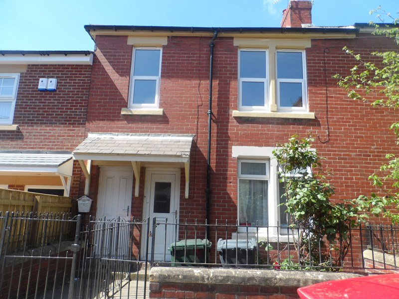 3 Bedrooms Property for sale in Coach Road, Wallsend, Tyne and Wear, NE28 6JA