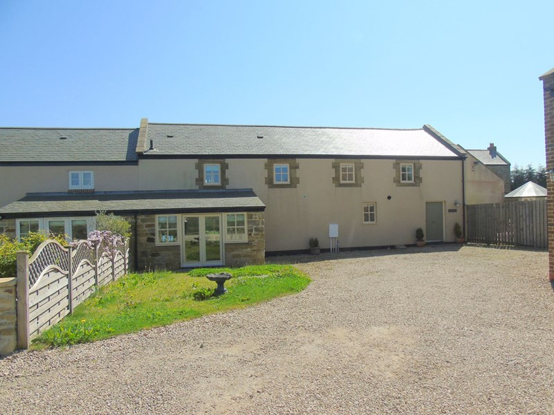 3 Bedrooms Property for sale in North Farm, Choppington, Northumberland, NE62 5PY