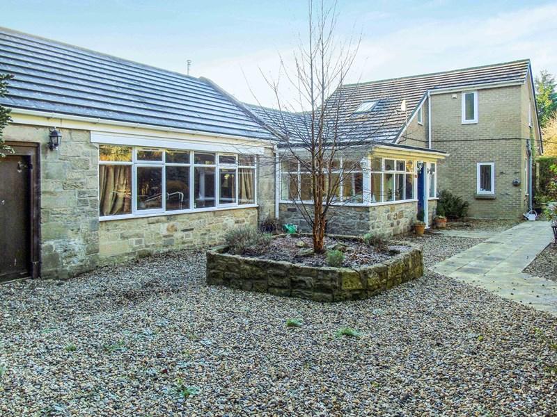 5 Bedrooms Property for sale in Fairmoor, Morpeth, Morpeth, Northumberland, NE61 3JJ