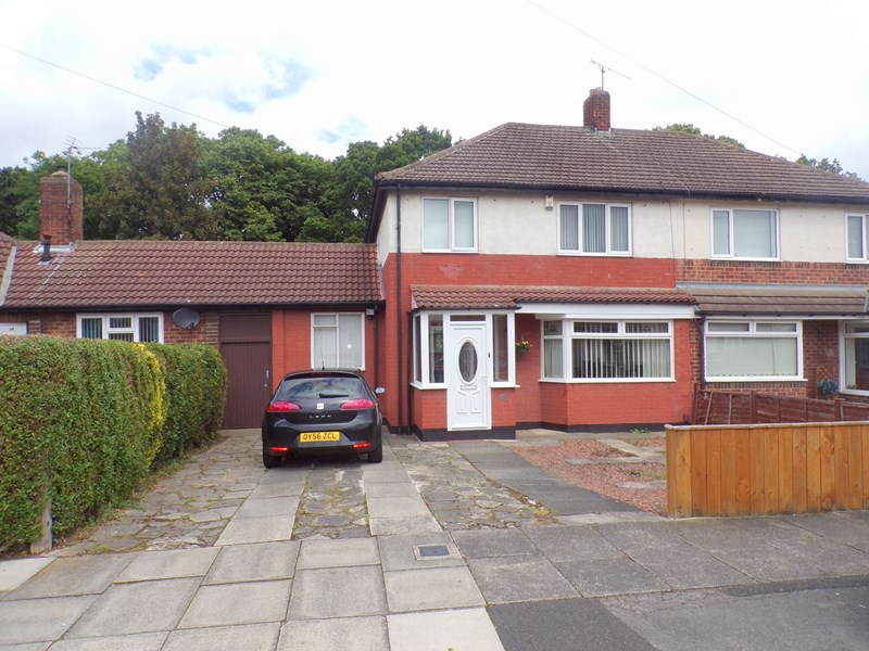 3 Bedrooms Property for sale in Commondale Avenue, Stockton, Stockton-on-Tees, Cleveland , TS19 0RJ