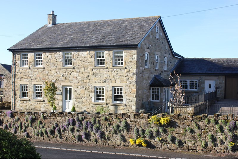 5 Bedrooms Property for sale in New Steading House, Eglingham, Alnwick, Alnwick, Northumberland, NE66 2TZ