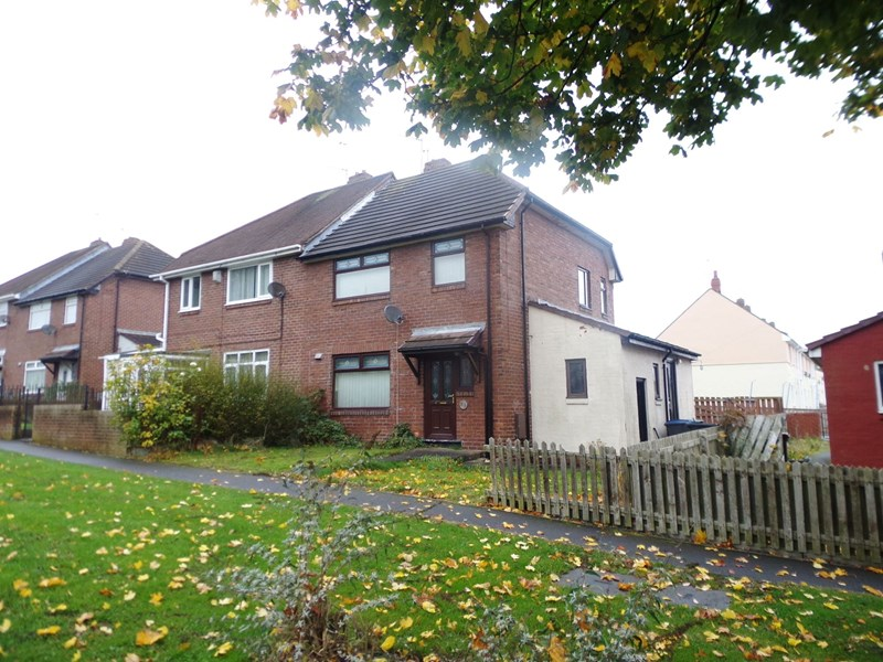 3 Bedrooms Property for sale in Durham Road, Stanley, Stanley, Durham, DH9 6QX