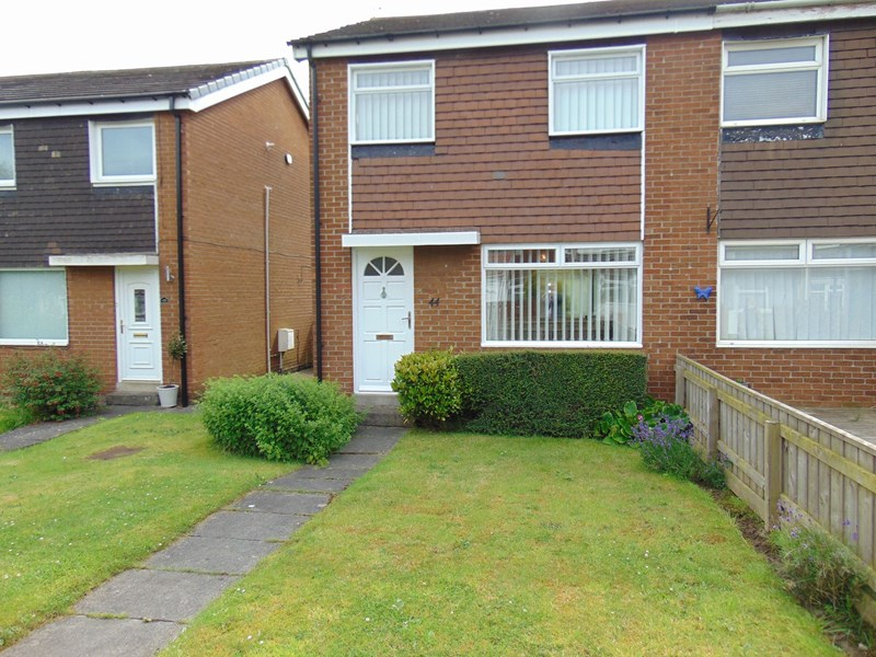 3 Bedrooms Property for sale in Marlborough Court, Kingston Park, Newcastle upon Tyne, Tyne and Wear, NE3 2YY