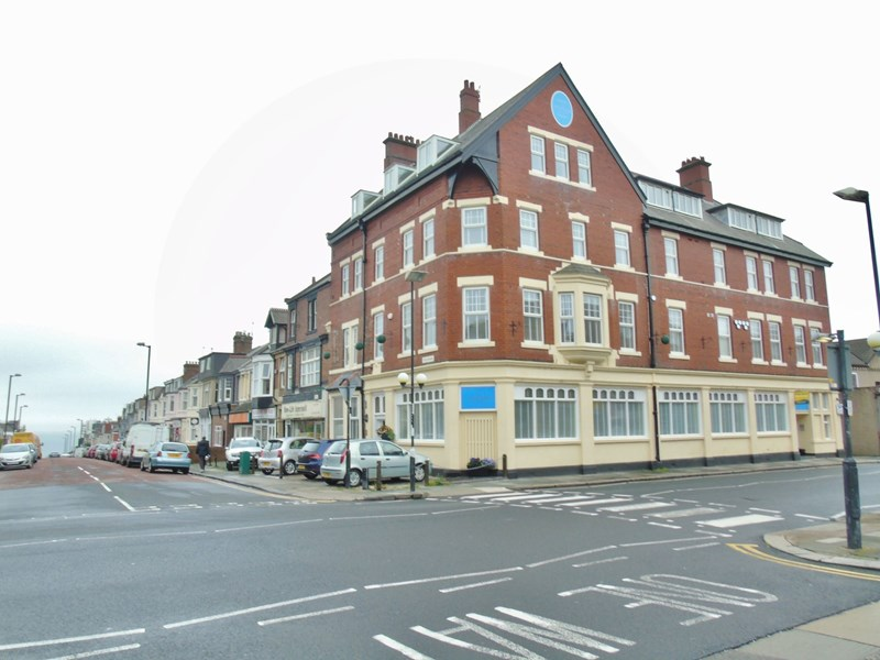 2 Bedrooms Apartment Flat for sale in Whitley Road, Whitley Bay, Whitley Bay, Tyne and Wear, NE26 2LX
