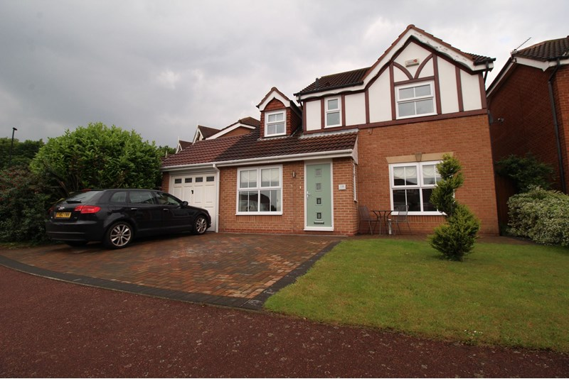 4 Bedrooms Property for sale in Thirlington Close, Windsor Gardens, Newcastle upon Tyne, Tyne and Wear, NE5 4BN