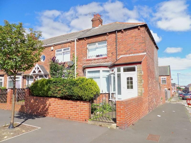 2 Bedrooms Property for sale in Coleridge Avenue, Westoe, South Shields, Tyne and Wear, NE33 3HB