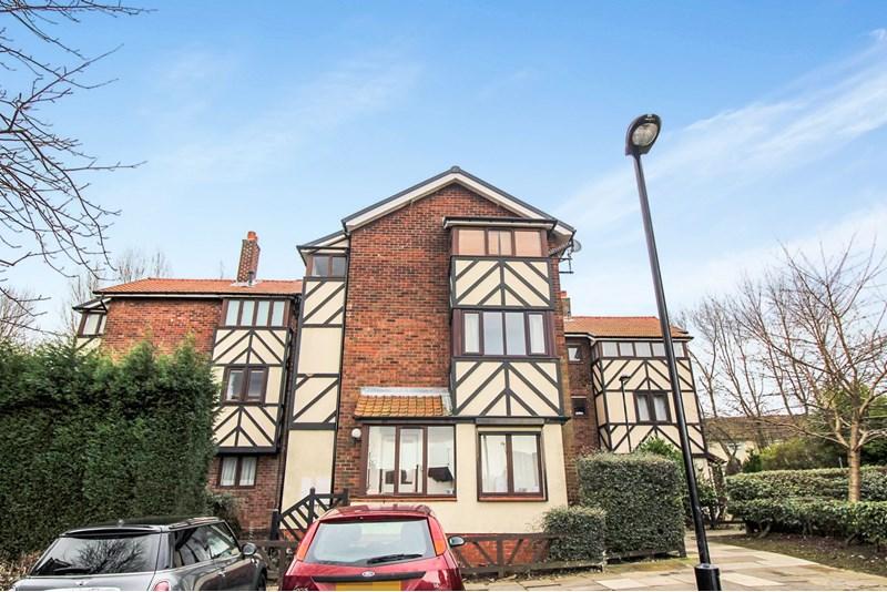 2 Bedrooms Property for sale in Kirkwood Drive, Kenton, Newcastle upon Tyne, Tyne and Wear, NE3 3AU