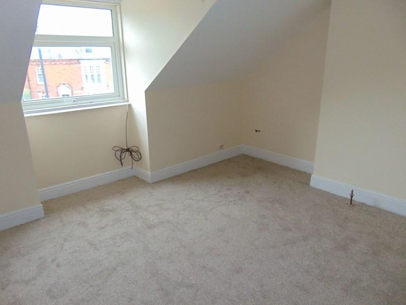 2 Bedrooms Property for sale in Rowlandson Terrace, Grangetown, Sunderland, Tyne and Wear, SR2 7SU