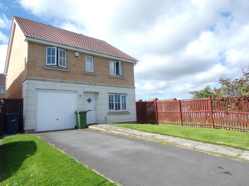 4 Bedrooms Property for sale in Churchside Gardens, Easington Lane, Houghton Le Spring, Tyne and Wear, DH5 0NE