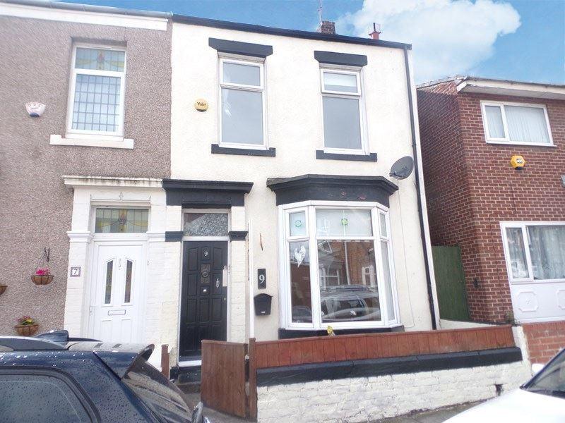 3 Bedrooms Property for sale in Pollard Street, Lawe Top, South Shields, Tyne and Wear, NE33 2DP