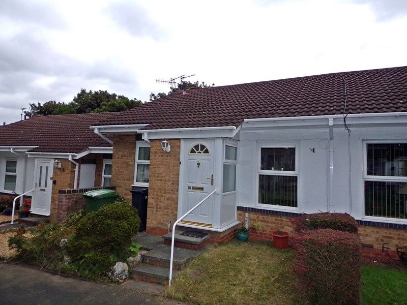 2 Bedrooms Bungalow for sale in Millne Court, Bedlington, Northumberland, NE22 5PA