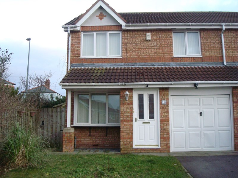 3 Bedrooms Property for sale in Chandler Close, Durham, Durham, DH1 2TP