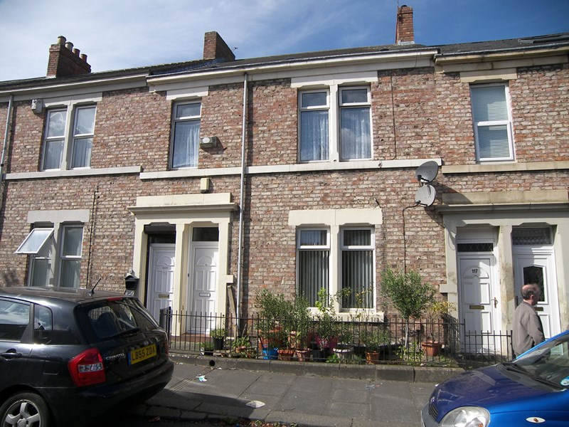2 Bedrooms Property for sale in Tamworth Road, Arthurs Hill, Newcastle upon Tyne, Tyne and Wear, NE4 5AS