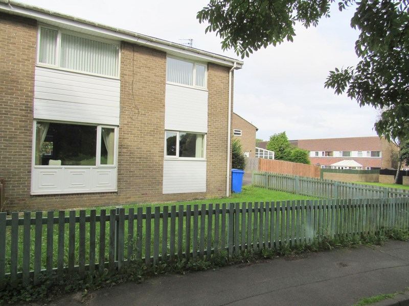 2 Bedrooms Property for sale in Linslade Walk, Beaconhill, Cramlington, Northumberland, NE23 8EU