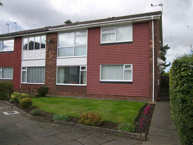 2 Bedrooms Property for sale in Westgarth, Westerhope, Newcastle upon Tyne, Tyne and Wear, NE5 4NX