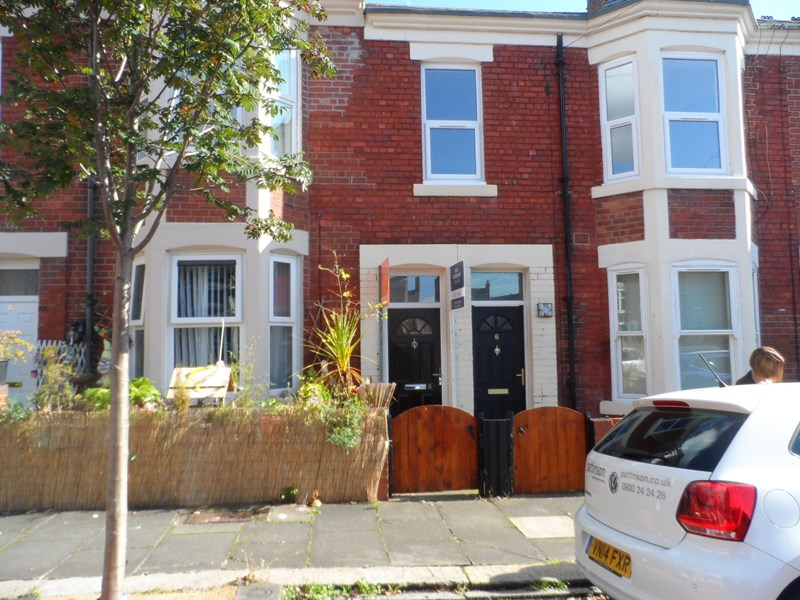 2 Bedrooms Property for sale in Stannington Place, Heaton, Newcastle upon Tyne, Tyne and Wear, NE6 5HT