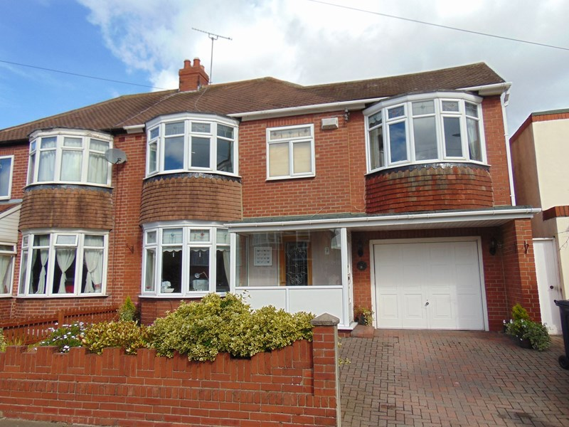 4 Bedrooms Property for sale in Ranson Street, Barnes, Sunderland, Tyne and Wear, SR4 7LG