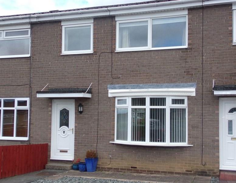 3 Bedrooms Property for sale in Totnes Drive, Cramlington, Northumberland, NE23 1PN