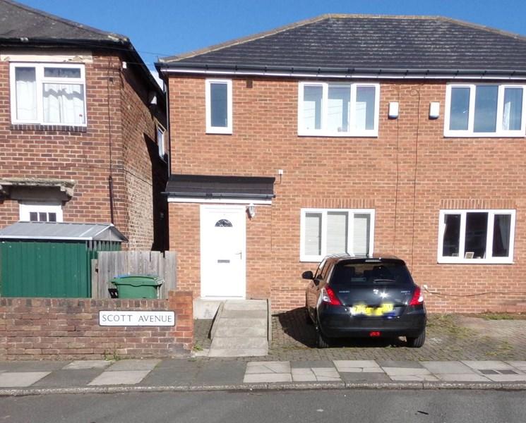 3 Bedrooms Property for sale in Scott Avenue, Nelson Village, Cramlington, Northumberland, NE23 1HE