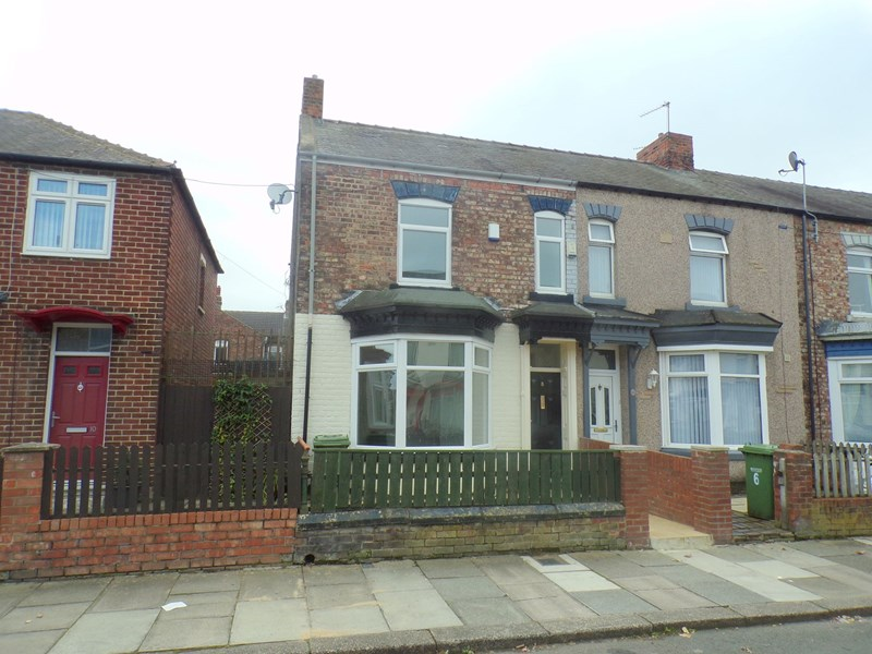 3 Bedrooms Property for sale in St. Pauls Road, Thornaby, Stockton-on-Tees, Cleveland, TS17 6LH