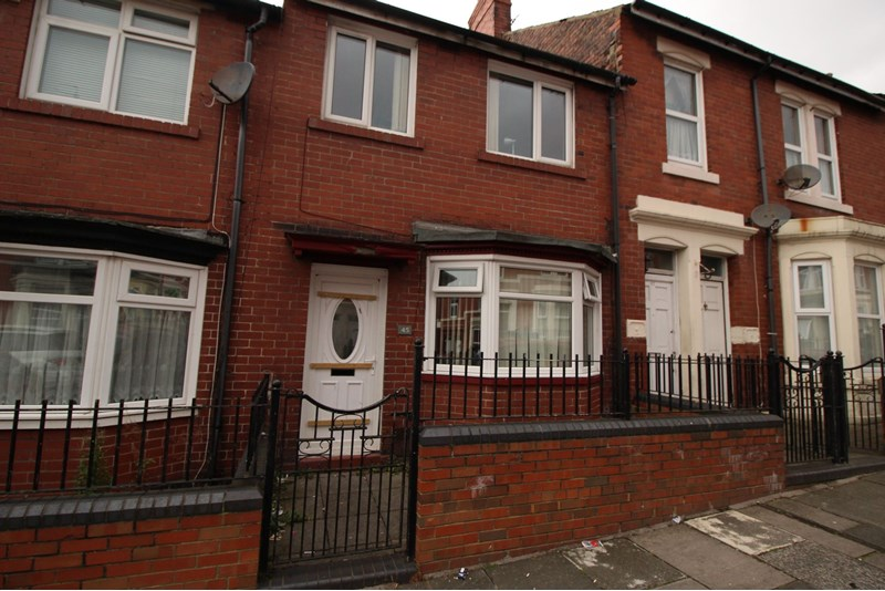 3 Bedrooms Property for sale in Hampstead Road, Benwell, Newcastle upon Tyne, Tyne and Wear, NE4 8AD