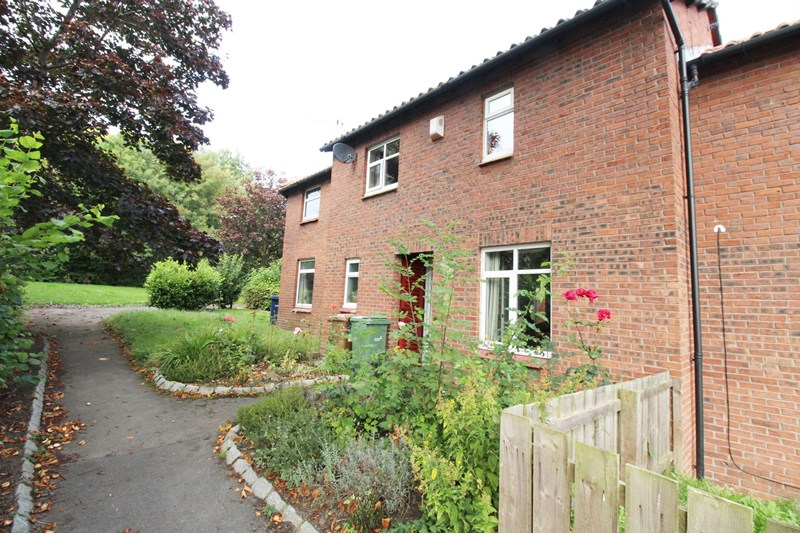 3 Bedrooms Property for sale in Caradoc Close, Lambton , Washington, Tyne and Wear, NE38 0PD