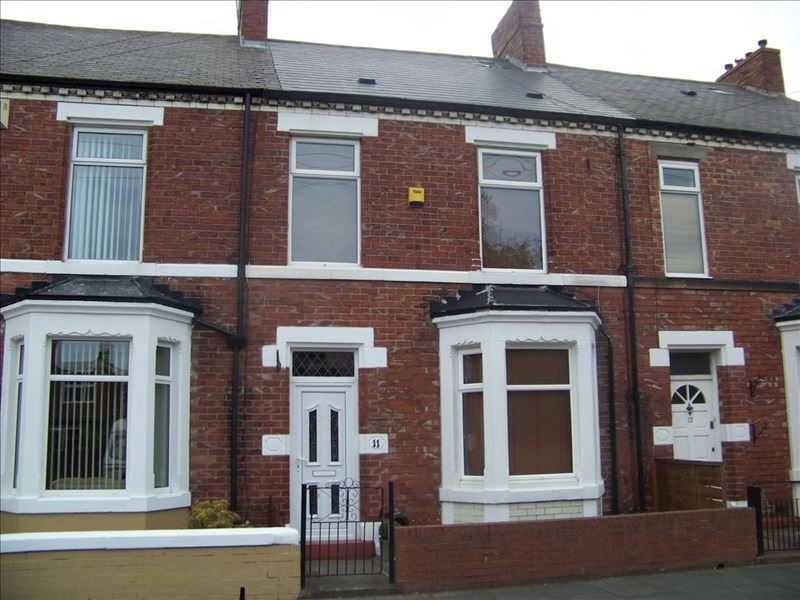 3 Bedrooms Property for sale in Collingwood Terrace, Blyth, Blyth, Northumberland, NE24 2EX