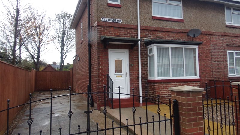 3 Bedrooms Property for sale in The Quadrant, North Shields, North Shields, Tyne and Wear, NE29 7JA