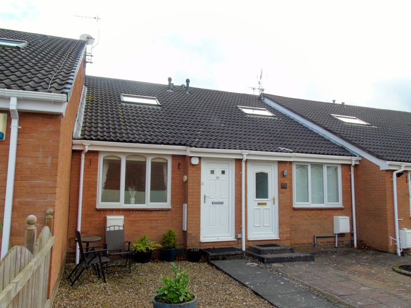 1 Bedroom Bungalow for sale in Willow Close, Morpeth, Northumberland, NE61 1XG