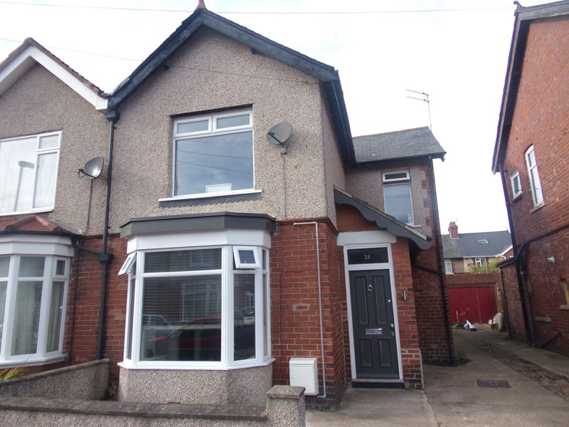 3 Bedrooms Property for sale in Hunter Avenue, Blyth, Blyth, Northumberland, NE24 3JT