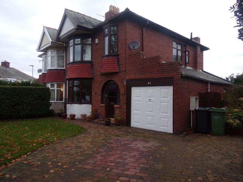 3 Bedrooms Property for sale in Jubilee Estate, Ashington, Ashington, Northumberland, NE63 8TD