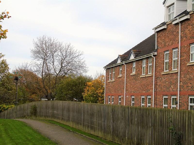 2 Bedrooms Property for sale in Old Eltringham Court, Prudhoe, Northumberland, NE42 6QJ
