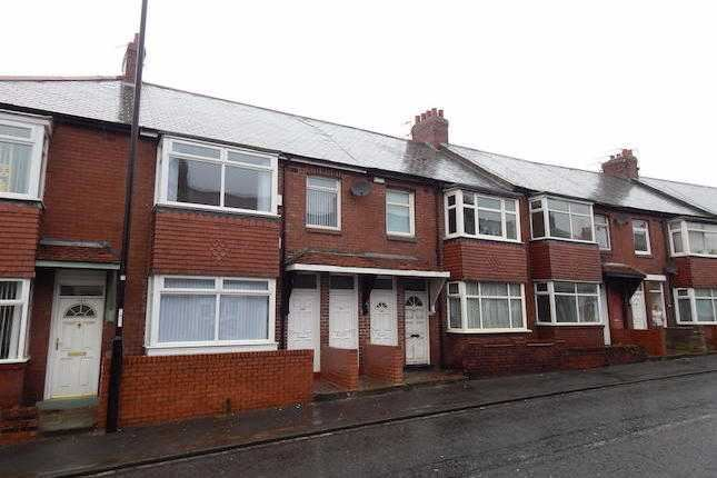 1 Bedroom Property for sale in Thompson Road, High Southwick, Sunderland, Tyne and Wear, SR5 2JW