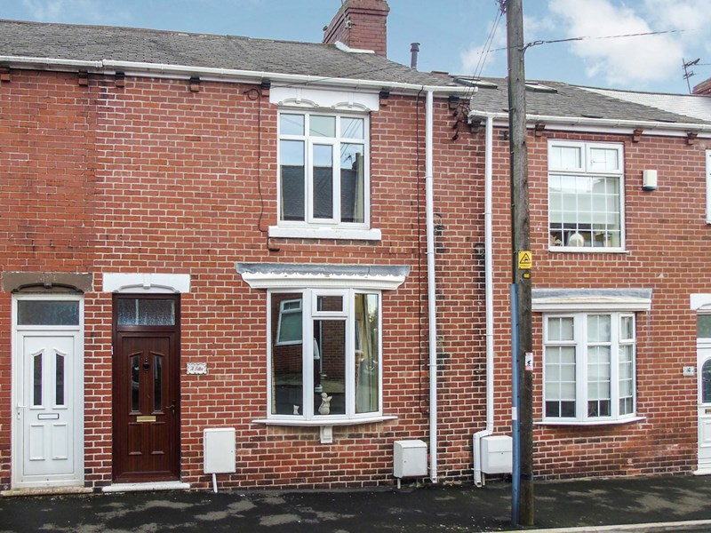 2 Bedrooms Property for sale in West Avenue, Murton, Seaham, Durham, SR7 9RG