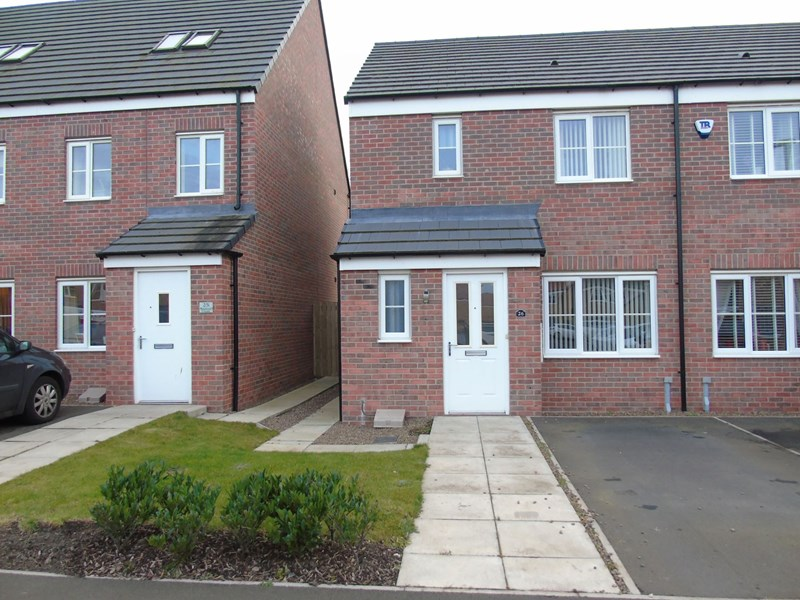 3 Bedrooms Property for sale in Admiral Court, Blyth, Blyth, Northumberland, NE24 3UJ