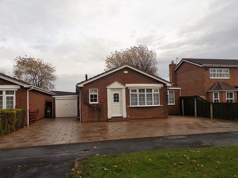 3 Bedrooms Bungalow for sale in Surbiton Road, Hartburn, Stockton-on-Tees, Cleveland , TS19 7SF