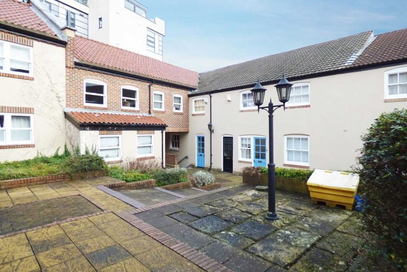 2 Bedrooms Apartment Flat for sale in Taylors Court, Blackfriars, Newcastle upon Tyne, Tyne and Wear, NE1 5XD